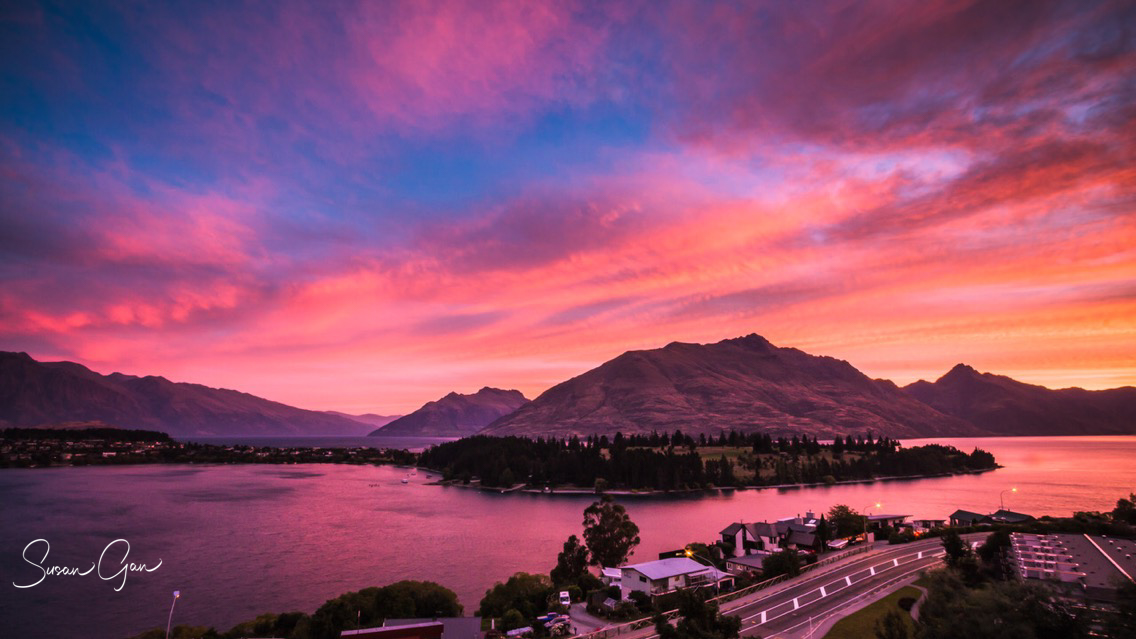 Sunset Lake Wakatipu, Queenstown - Susan Gan